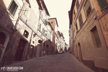 alleys of siena (Siena) by mystic-darkness