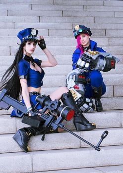 Caitlyn and VI , Piltovers Finest ! by TanitaOsaki