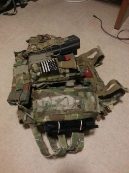 Plate Carrier Right by CasualtyOfWar