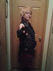Prompto Fight Pose by StarDreamerCosplayer