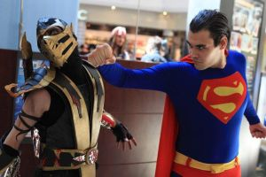 Cosplay Scorpion and Superman by CosplayQuest