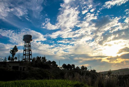 Water Tower by ossie-eat-world