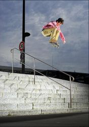 Vincent - Ollie over rail by SnoopDong