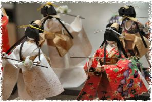 Dancing Japanese Dolls by heartyfisher