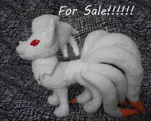 Ninetales plush by Hiokirara