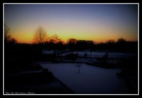Snow carpet with sunset. by Bermiro