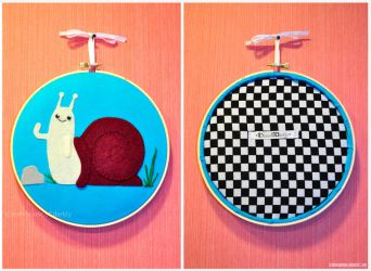 Waving Snail hanging applique by brokensymphony