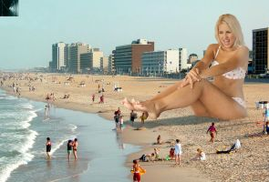 Jenni on the Beach by marcrtr