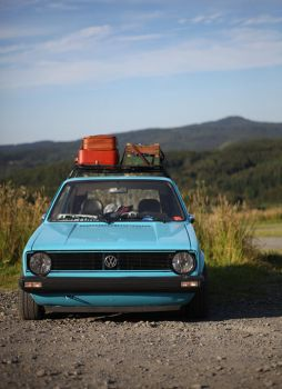 Golf mk1 roadtrip by Laiskiainen