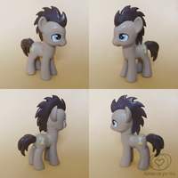 Doctor Whooves Custom by Amandkyo-Su