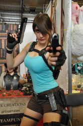 Lara Croft at FACTS 2015 by KillingRaptor