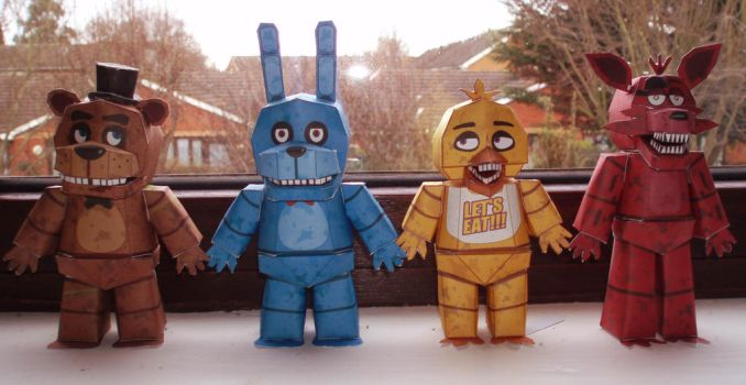 Five Nights at Freddy's Papercraft! by Zoiby