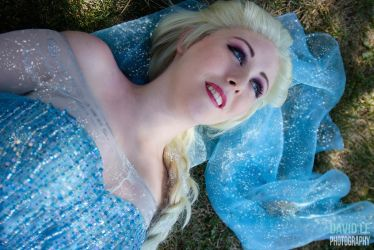 Frozen: The Cold Never Bothered Me Anyway by tayyrawr