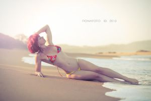 Beach life by fionafoto