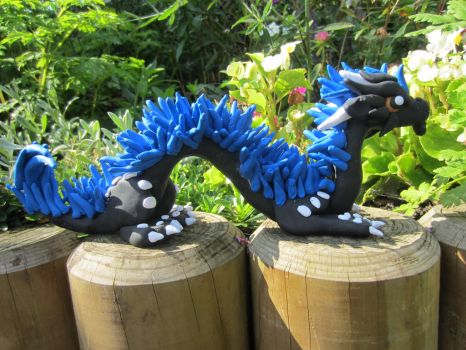 Blue maned asian dragon by Dragonsculpt