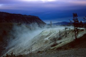 Yellowstone at dusk by grahamsz