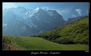 Jungfrau Mountain Switzerland by eehan