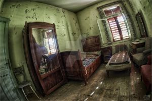 broken mirrorRoom.... by FatmeBondage