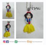 Snow White fimo doll by Makicreazion
