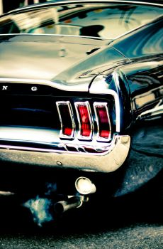 Ford Mustang by subversif