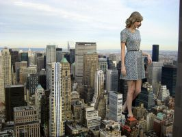Giantess Taylor Swift in City by docop