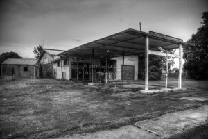 Abandoned Gas Station by Grayda
