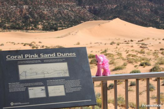 Pinkie Pie visits the Coral Pink Sand Dunes by Framwinkle