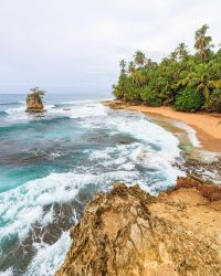 Beach Manzanillo Costa Rica by JuhaniViitanen