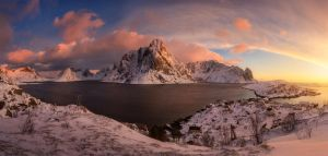 Lofoten Grand View by porbital