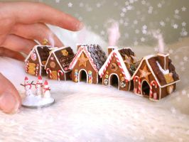 . Tiny Gingerbread Village . by vesssper