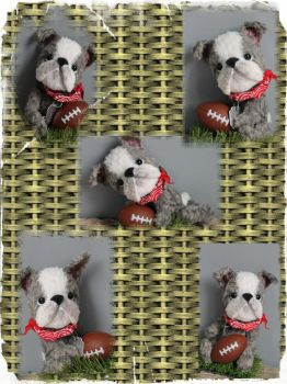 American bulldog  football lover  ooak handmade by eirroc