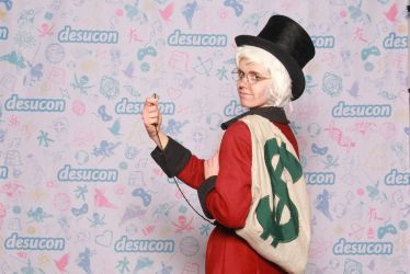 Scrooge McDuck cosplay again by Sildesalaten