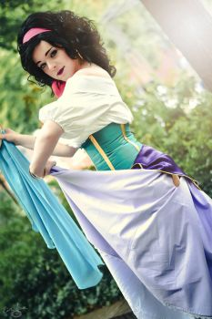 Esmeralda [The Hunchback of Notre Dame] by EmperorSteele92