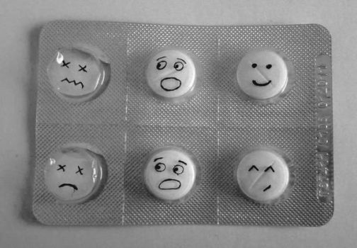 smiley pills by dominikx10