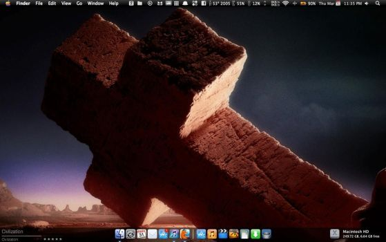 March 11 Mac OSX Desktop by zecroutonsalad