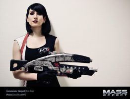 Commander Shepard Cosplay - Mass Effect by Evil-Siren