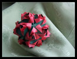 Little Roses Kusudama by lonely--soldier