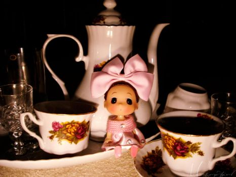 Doll: Tea Party by ministryofgirl