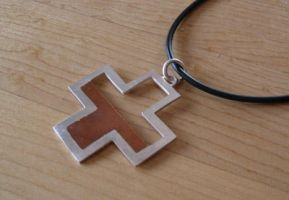 TF2 Health Meter necklace by bionic-dingo