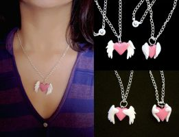 Heart with Wings Pendant by vrlovecats