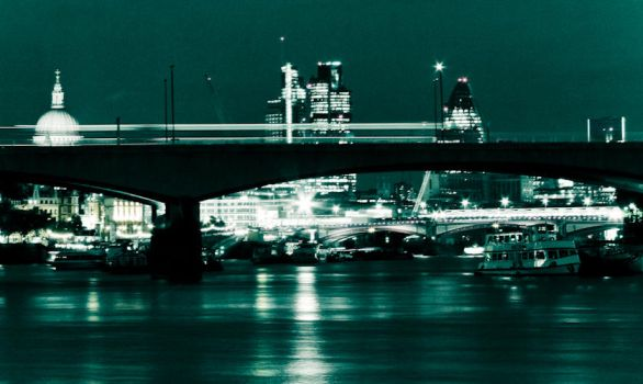 Thames, London by GameEs