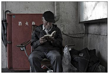reading man by neis69