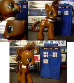 doctor whooves My little pony G4 by Hatsetsut