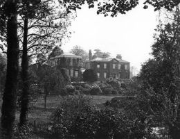 Hollywells Mansion c.1910 by Oniroid