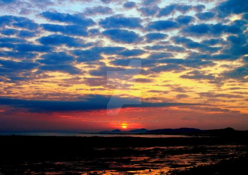 Clyde Estuary Sunset 2 by Crannogphotographic