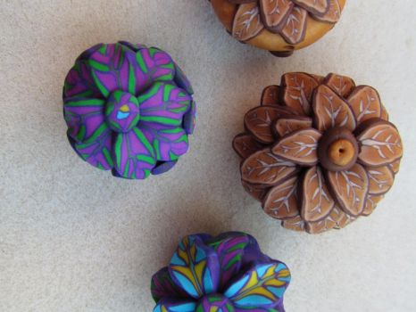 Polymer clay beads by Autumn-beads