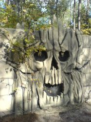 Skull Wall 2 - Silent Forest Haunt by TheJugglingOctopus