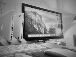 My Workstation  by crazybito