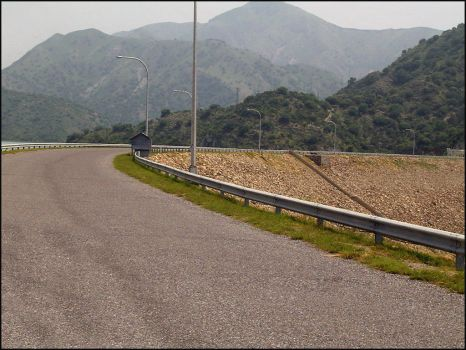 The Road to Tarbela by cosmy