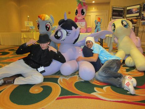 My ponies and 2 VERY AWESOME DUDES! by ManeStreetPlush